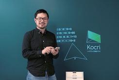 """アナログ黒板を""""半分だけ""""デジタル化する黒板アプリ"""