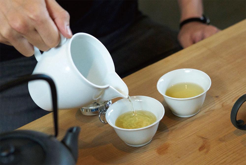 お茶を制する者は打ち合わせを制す