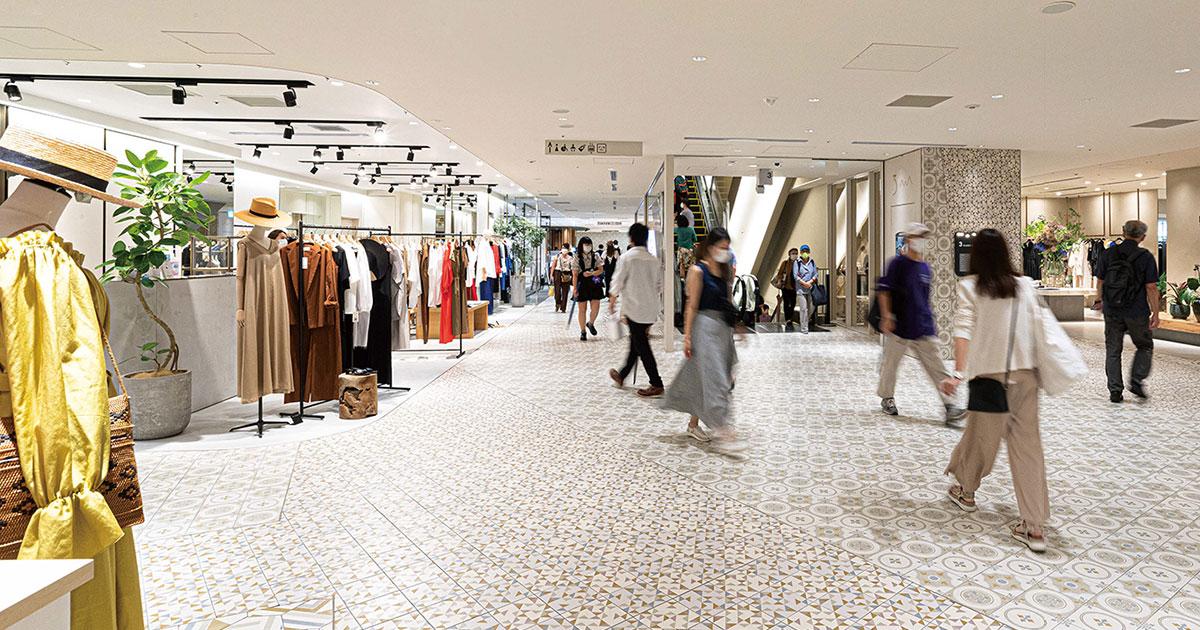 横浜の玄関口に開業のニュウマン 事前予約制で来店客数を調整