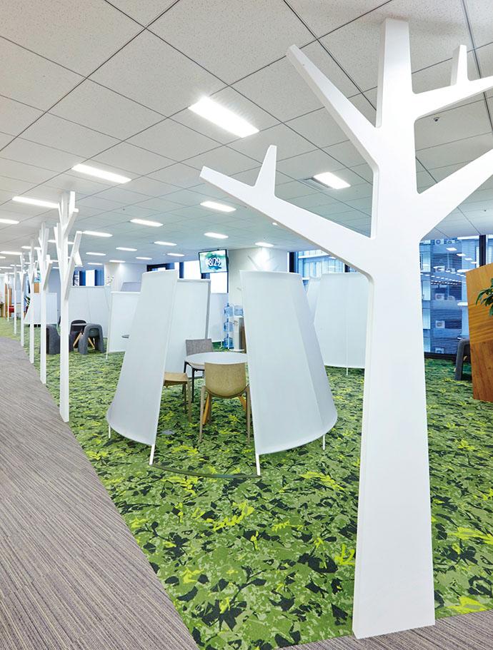 先進の技術と自然が調和、ソフトバンク・テクノロジーの新オフィスへ潜入!