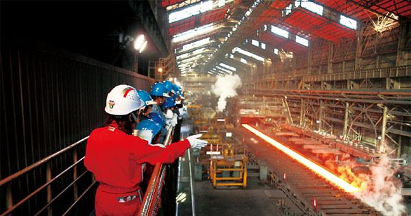 工場見学によってBtoB産業を可視化する