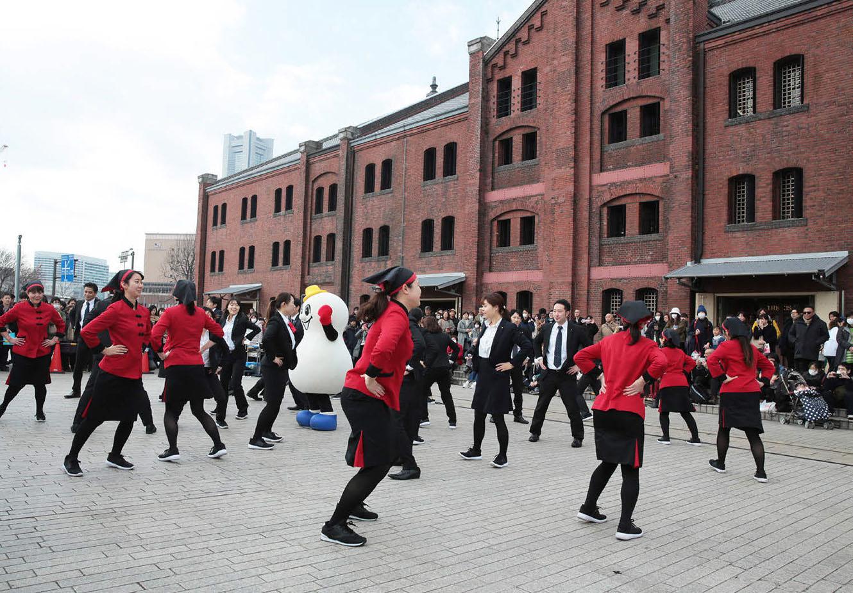 崎陽軒110周年 社員が地域のダンスイベントに出演 広報会議
