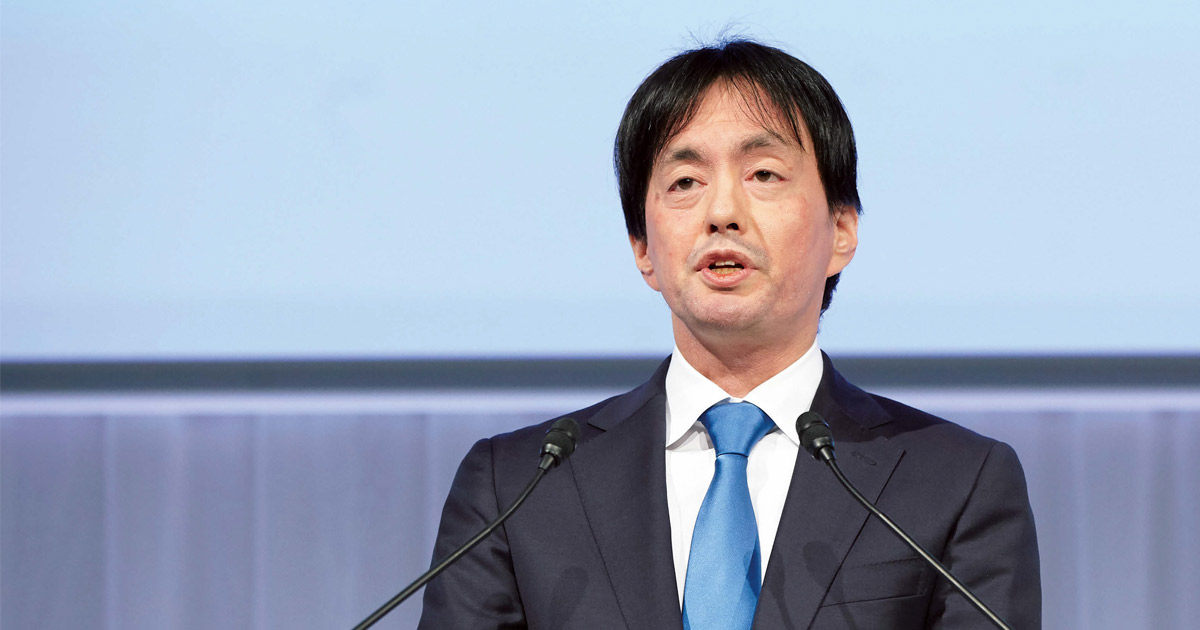 メルカリ山田社長の記者会見分析 「地味プレゼン」も個性に