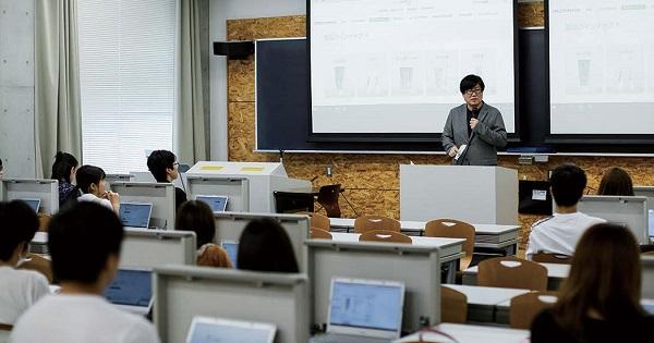 俯瞰的な立ち位置で情報をつなぐ―成城大学 小宮路雅博ゼミ訪問