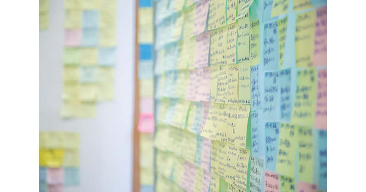 貼られた付箋は約3000枚 「圧倒的顧客志向」で挑むカルビーの新たな柱づくり